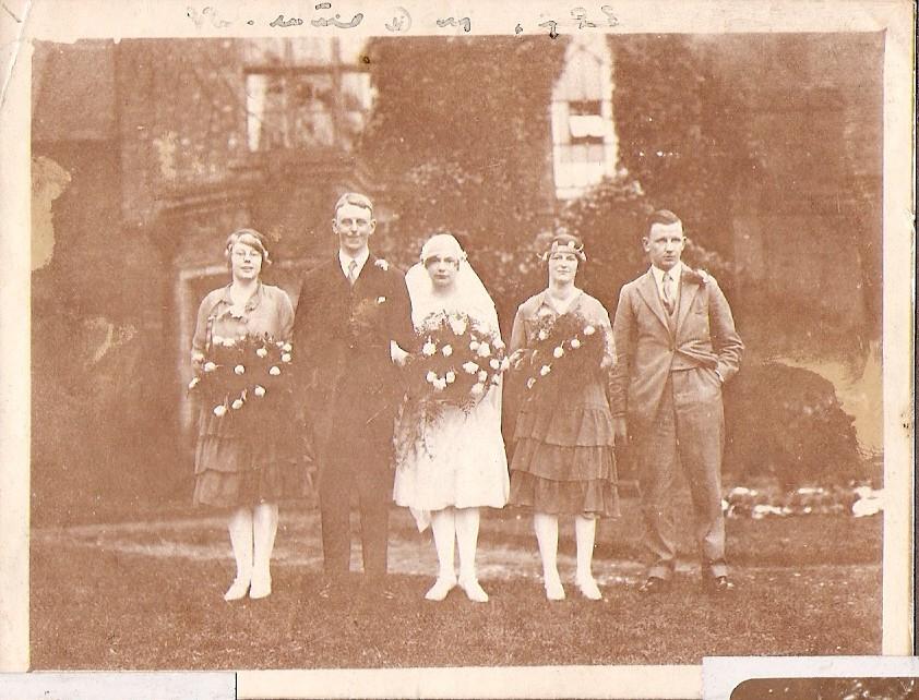 1928 Gretta Ted Mollie x Bryan@