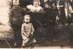 1912 Ted, Gretta, Bryan, Griff
