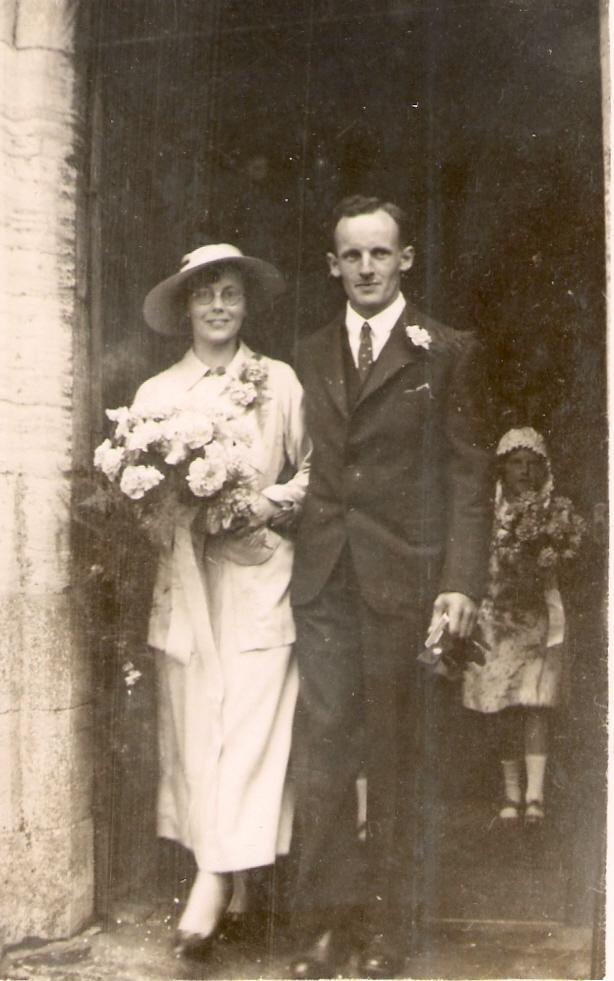 1937 Gretta, John, Peggy