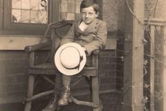 1918ish John ill