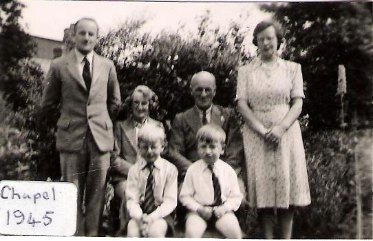 1945 John Bertha Colin Arthur Dick Gretta