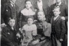 1897 or 1898 John Arthur Alice Lizzie James Elizabeth George Joe